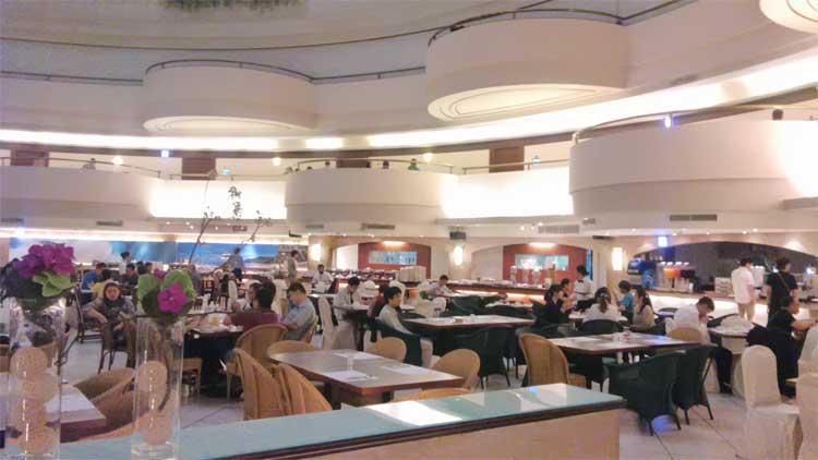 台湾ホテル 一階のカフェテリア